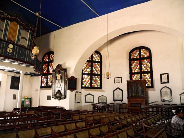 Inside Dutch Church
