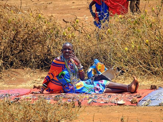 Maasai woman selling her handmade jewelry